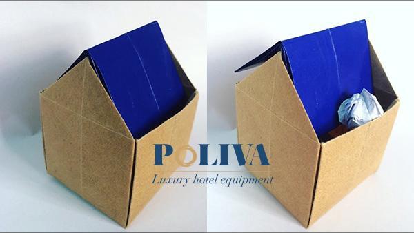 Ngoài ra bạn có thể tận dụng bìa cứng để làm thùng rác mini văn phòng