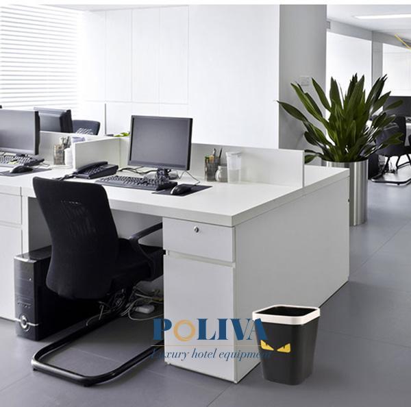 Thùng rác văn phòng không nắp được sử dụng phổ biến