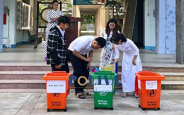 Hướng dẫn đặt thùng rác tại trường học cho phù hợp